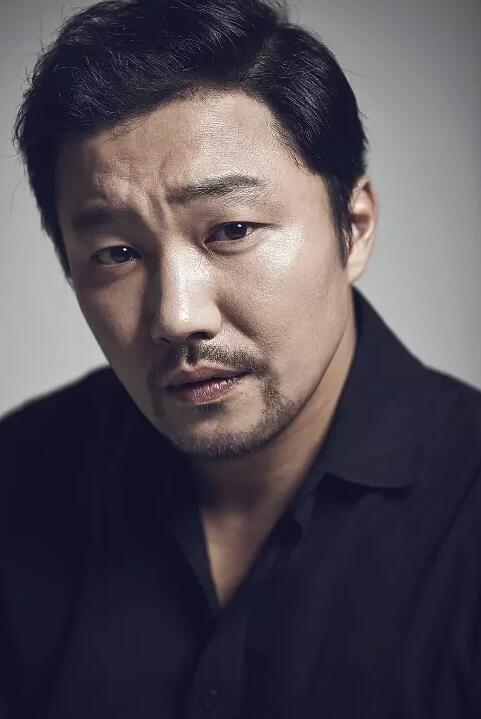 韩星韩在英涉嫌性骚扰 曾搭档李敏镐《江南1970》