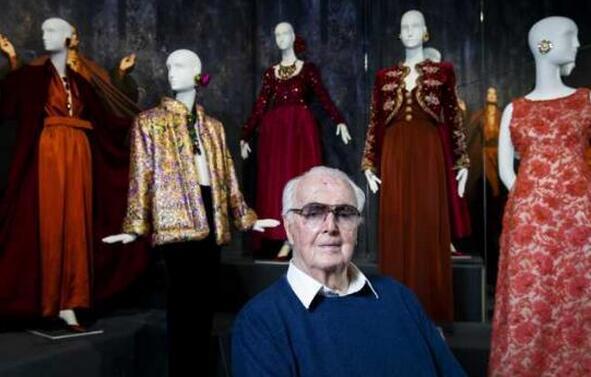 法国著名时装设计师纪梵希去世 终年91岁