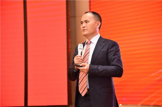 从刘彬彬的一次演讲,看天格因何能发明并领导实木地热地板品类