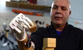 3D打印机械手会打手语 能帮助聋哑人沟通
