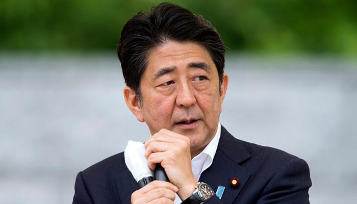 日本首相安倍晋三:明年调高消费税的计划没有改变