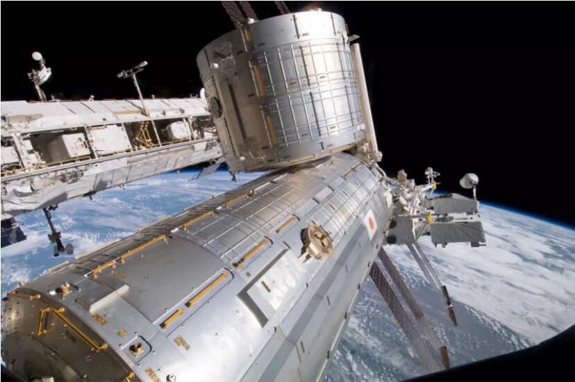 索尼拟涉足太空产业 利用光盘技术开发卫星通信系统