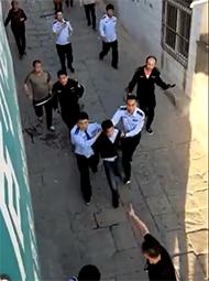 陕西多名学生被砍致7死 嫌犯被捕