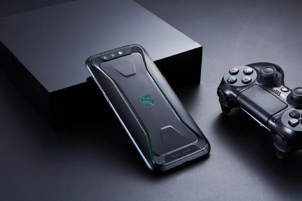 单机游戏  对于雷蛇这款游戏手机,各方面都还是不错的,雷蛇razer phon