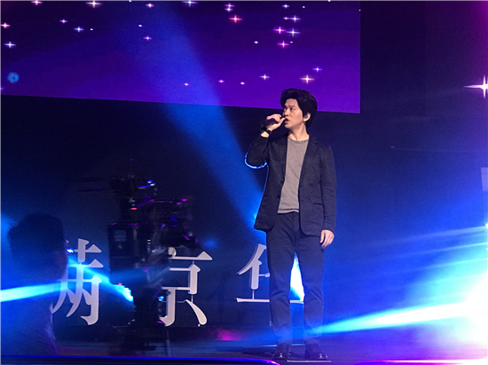 音乐诗人李健来深,助阵国际艺展中心盛大启幕