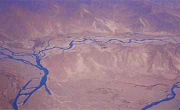 它是三峡大坝的5倍,投资万亿元,印度看到这个工程不淡定了