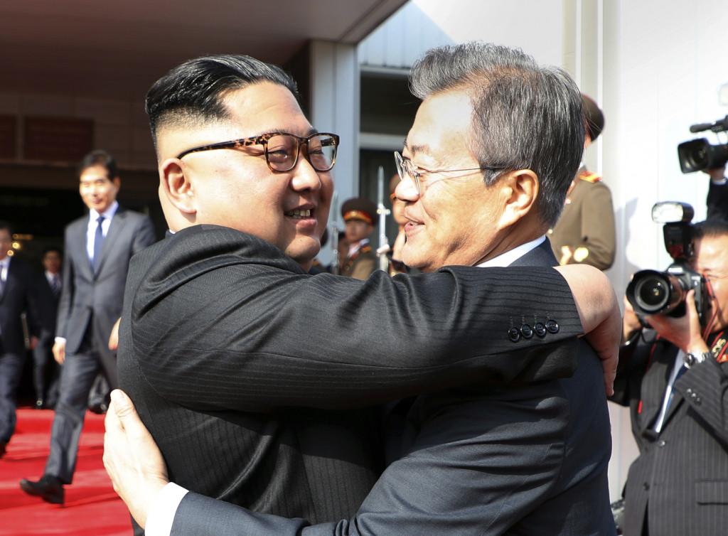 朝韩领导人就继续改善北南关系和朝美关系达成