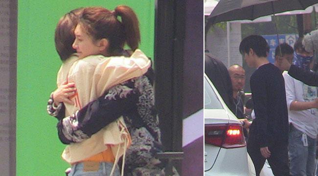 杨洋拍新剧多人护驾排场足 江疏影拥抱女友人显攻气