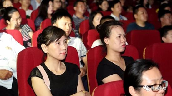 李学生免费高清看电影网_免费高清看电影app韩国电视剧赵丽娜图片