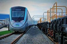 西安北站至机场城际铁路首列电客车交付