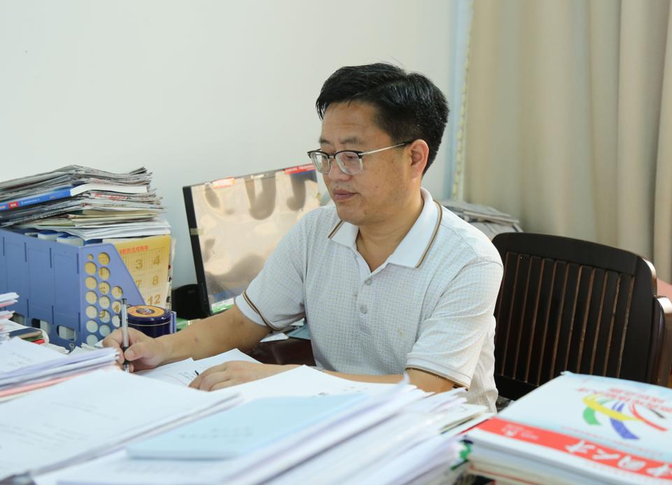 【改革开放40周年·看肥西】刘大春:投身教育36载 见证行业腾飞