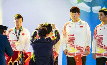 """""""历史时刻!中国队夺得亚运会电竞项目首块金牌"""