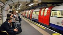 伦敦地铁热到中暑,官方回应却让人炸了!英网友:学学中国速度!