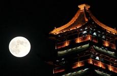 中秋赏月可能有点难:小长假西安以多云天气为主