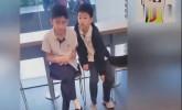张柏芝带儿子吃早餐,帅气可爱十分礼貌,气质不输谢霆锋!
