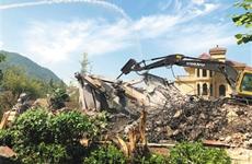 长安区:中办督查组重点督办项目路易山庄复绿完成