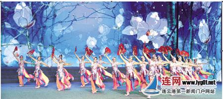老年广场舞大赛举行 中老年人舞出激情