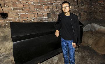 29岁小伙花2000元买来棺材 在家等死