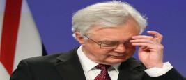无视欧盟脱欧谈判官演讲,默克尔中途离场?