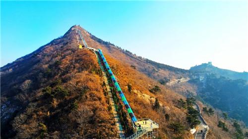 旅游  七峰山生态旅游区位于河南省南阳市方城县杨集乡大河口村.