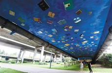 美院师生历时10个月 巨幅彩绘与浐灞生态融为一体
