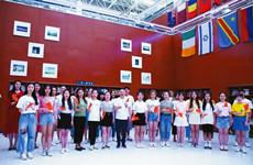 """陕西""""我爱你中国""""系列公益快闪活动在部分高校举行"""