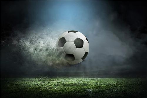 四届非洲足球先生亚亚・图雷正式加盟青岛黄海