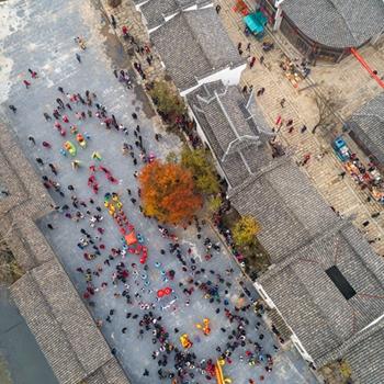 铜陵:空中俯瞰民俗文化盛宴