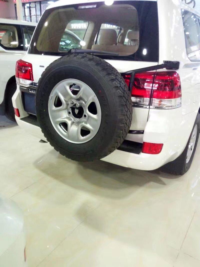 17款丰田酷路泽4000 原厂后挂备胎特价