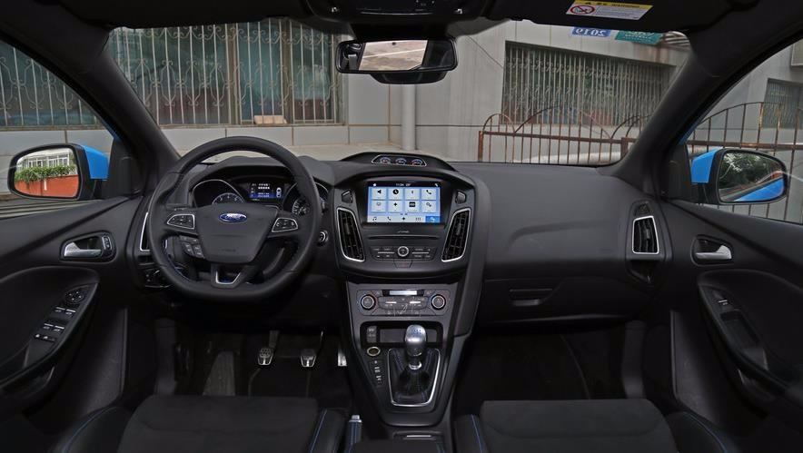 2017福特 福克斯 手动舒适智行版现车优惠最高4万元