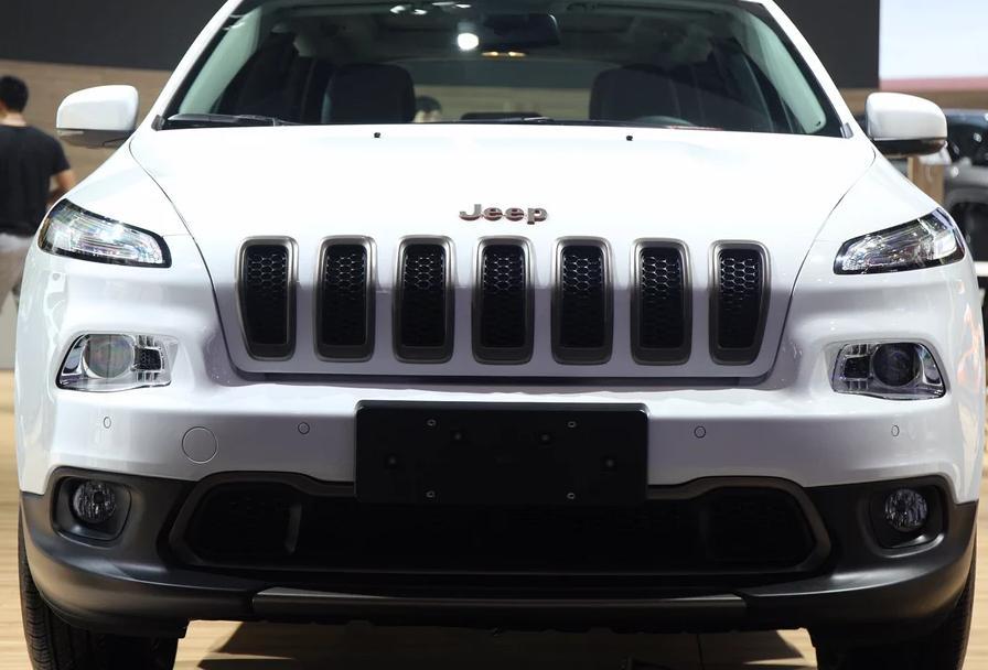 17款吉普jeep自由光最低报价降价优惠价