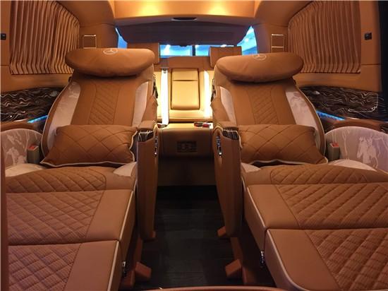诸暨全新奔驰v级260尊贵版商务车几钱 高经理 :19967484301