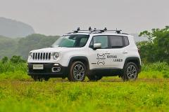 Jeep自由侠新增1.4T手动 售13.48万元