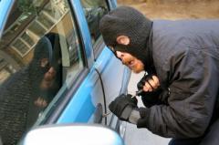 男子偷车后竟向失主主动索要8万赎金