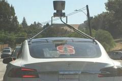 特斯拉总部现身搭载激光雷达的测试车