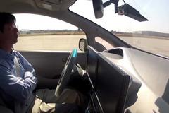 中国拟定自动驾驶车测试法规 暂停路测