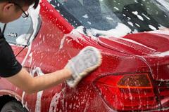 与其让路边毁车 不如自己动手洗车