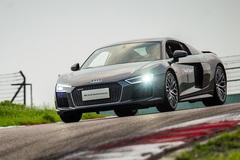 试驾新一代奥迪R8 V10 自我超越的进化