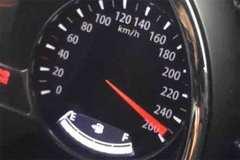 车速221km/h是什么样的感觉?看动图