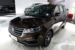 东风风行SX6新车型上市 售价6.99万元起