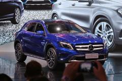 奔驰GLA 200蓝调版上市 售29.98万元