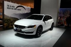 新款V60 Cross Country上市 售39.99万