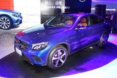 奔驰GLC轿跑SUV上市 售49.6-63.8万
