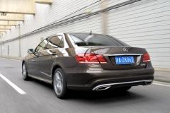 试驾奔驰E260L运动轿车 诠释豪华精神