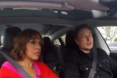 马斯克:自动驾驶比人安全10倍 但永远不会完美