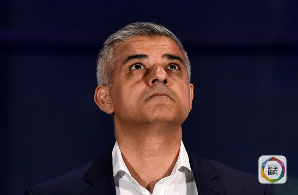5月7日,萨迪克汗在伦敦市政厅。(图片来源:路透社)