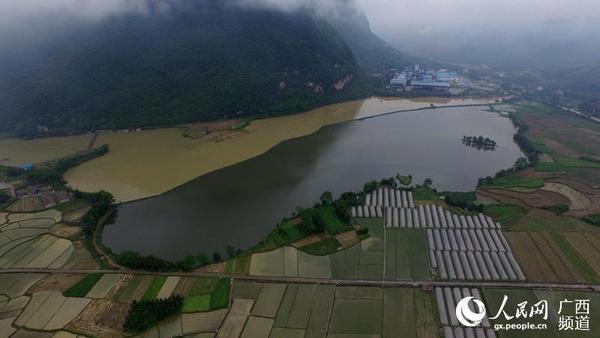5月6日在广西柳州市融安县浮石镇长龙村航拍的田园