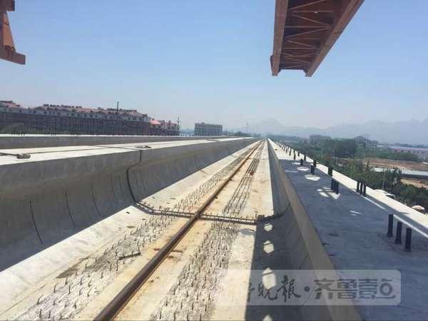 青岛地铁13号线一期土建工程已完成过半图片