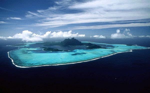 资料图:黄岩岛 原标题:美媒:美给华南海画红线 黄岩岛建设施就行动