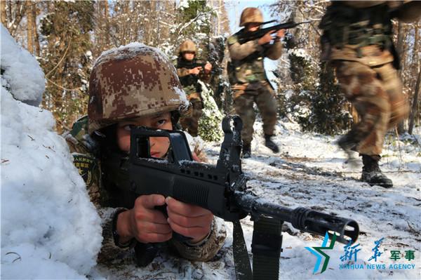 女子特战班组织训练